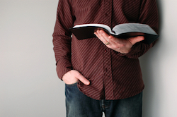 10 Scripture Verses to Read When You're Lonely - Slideshows |Mans Bible
