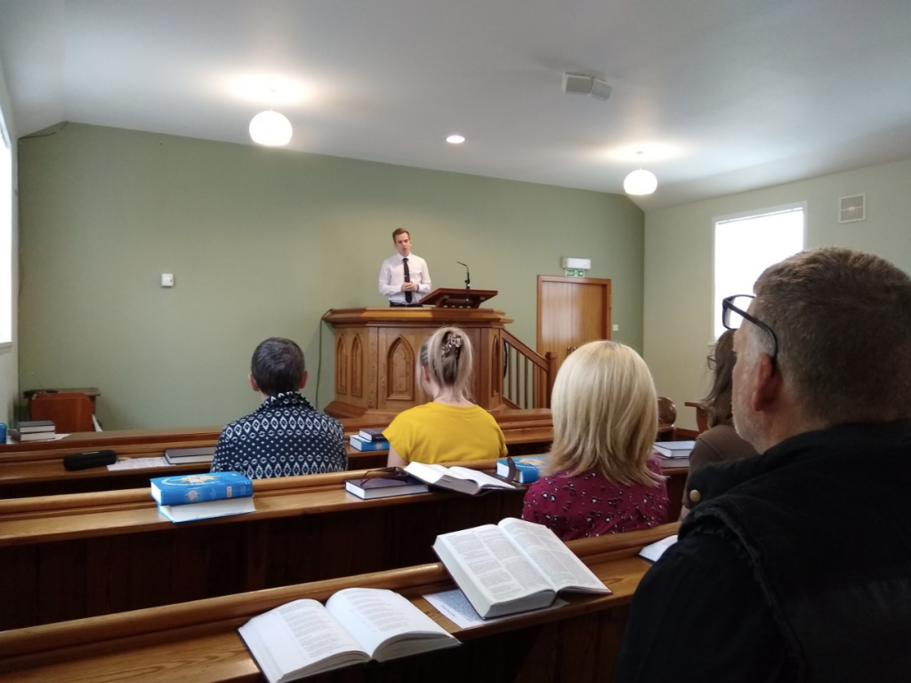 Rev. Andrew MacLeod ministering at Fearn Free Church